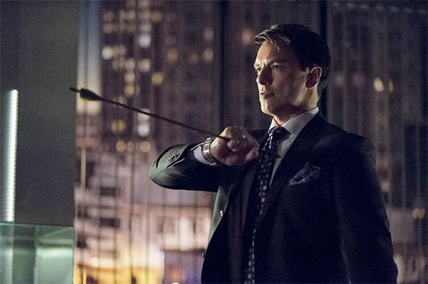 arrow-season-1-barrowman-22