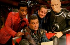 "Red Dwarf: 10.5 ""Dear Dave"" Review"